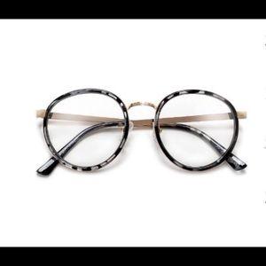 Accessories - No Prescription Glasses
